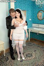 Honeymoon of Hooters
