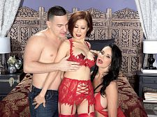 Rita Daniels and Kim Anh in the filthiest Sixty something 3-way ever