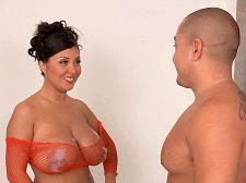 Hot Tubbin' With Daylene Rio