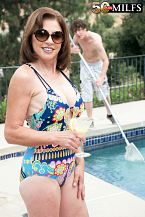 The pool boy fucks Cashmere's ass